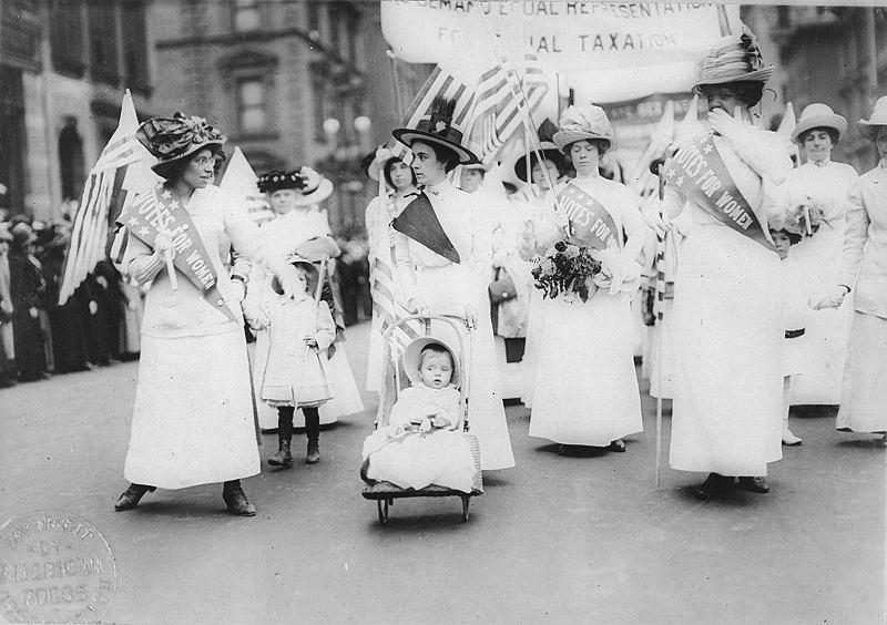 הפגנת נשים למען זכות הצבעה לנשים, ניו יורק, 6 במאי 1912.