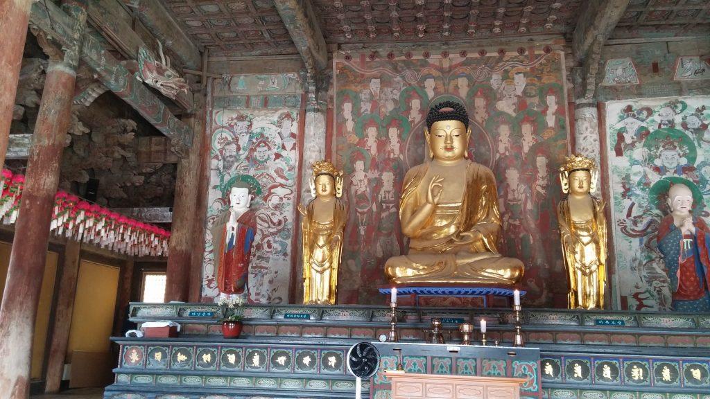 בודהה בתנוחת הלוטוס